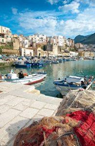 Px187MTUyODM4MS0zLTk5Nzk3NjAxOA 195x300 - Liefde voor Sicilië