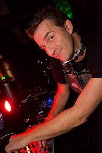 dennis price nu3.mg  200x300 - DJ Dennis Price gelooft in housevirus