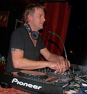 dennispricenu2mg 278x300 - DJ Dennis Price gelooft in housevirus