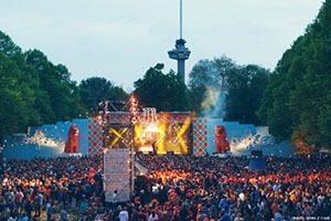 Oranjebitter Rotterdam 01 LR 300x200 - Koningsdag Festival Oranjebitter