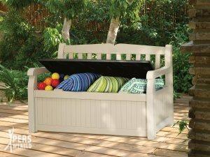 allibert tuinbank 300x225 - Kleurrijke tuin