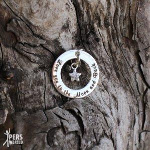 zilveren words of love hanger jij draagt de sleutel tot mijn hart 299x300 - Mooie sieraden voor je mamma