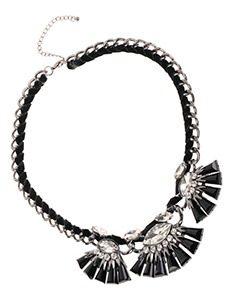 Madeleine Fashion Halsketting van metaal met glimmende sierstenen 8990mg 233x300 - Black & White accessoires