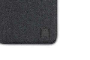 Ikku MacBook13 Original 03 4999 JAMJAMPRmg1 300x200 - Ikku_MacBook13'_Original_03_49,99_JAMJAMPRmg