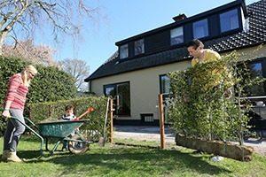 Kant Klaar Haag Vuurdoorn 001 WEBmg 300x200 - Veilige vogelhaag