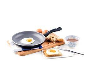 VEL BA frypan 2mg 300x225 - Bakken zonder boter of olie