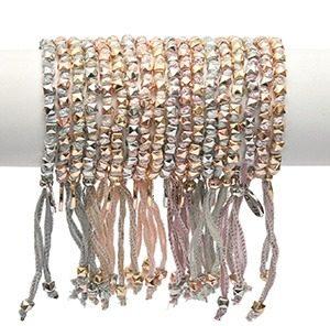 rakhi balance by jozemiek 100 zijde armbandjesmg 300x296 - Rakhi armband by Jozemiek
