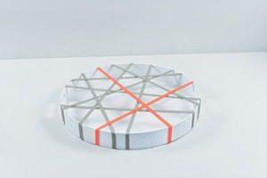 Grip Round White 5756 TQmg 300x200 - Geen gemors met GRIP dienbladen
