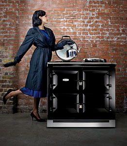 AGA New Look flat marcelineke 262x300 - Klassiek, stijlvol en inktzwart: New Look AGA
