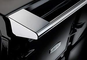 AGA New Look handrail marcelineke 300x208 - Klassiek, stijlvol en inktzwart: New Look AGA