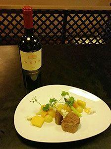 Gerecht met Griekse wijn LR marcelineke 224x300 - Griekse wijnen in de hoofdrol bij Karakter