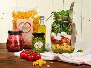 ov pasta salade editorial marcelineke 300x225 - o&v-pasta-salade-editorial-marcelineke