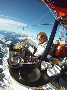 CuliAir Alpen 1 marcelineke 225x300 - Het enige luchtballonrestaurant ter wereld is weer open!